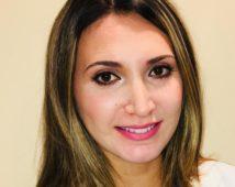 Dr. Dinya Anzur